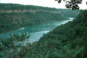 [Photo:  Niagara River valley]